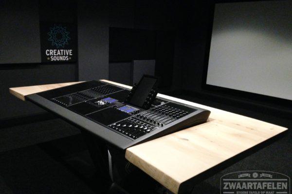Boomstamtafel met studio paneel