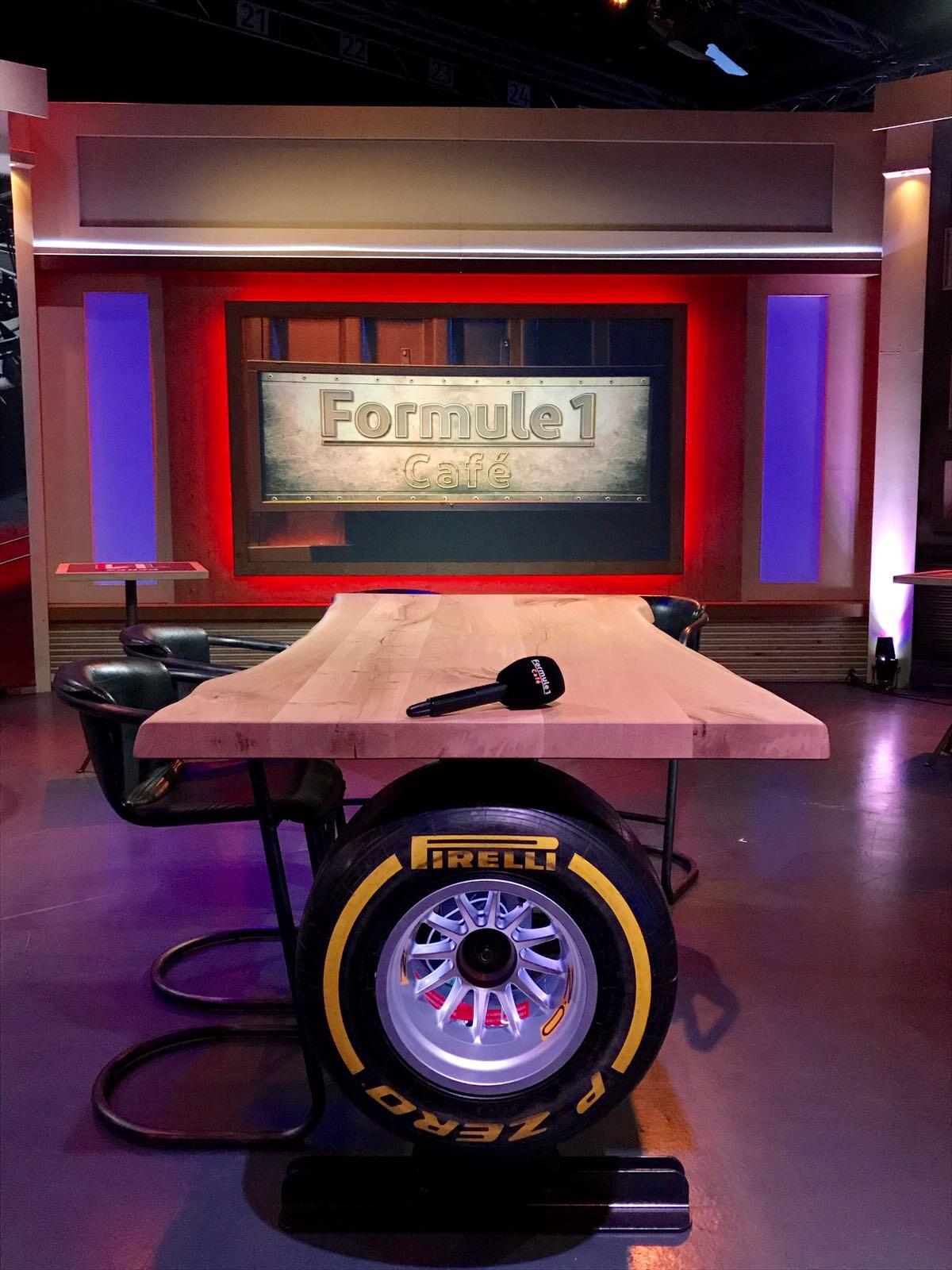 Tafel Formule 1 Cafe