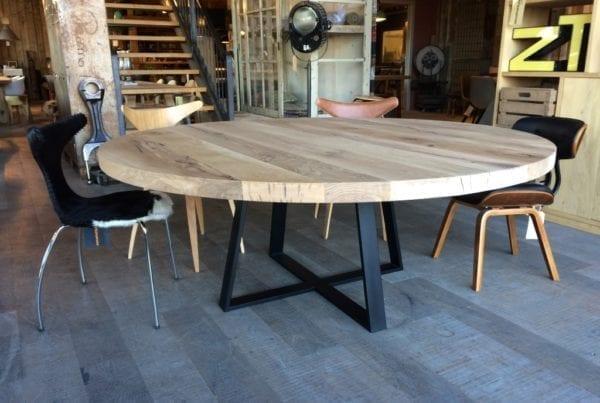 Grote ronde houten eettafel loungeset 2017 - Grote ronde houten tafel ...