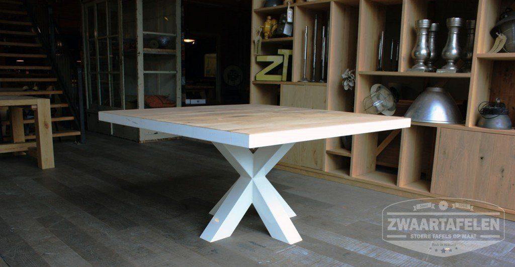 8 Persoons Vierkante Eettafel.Vierkante Tafel Op Maat Zwaartafelen Made In Holland