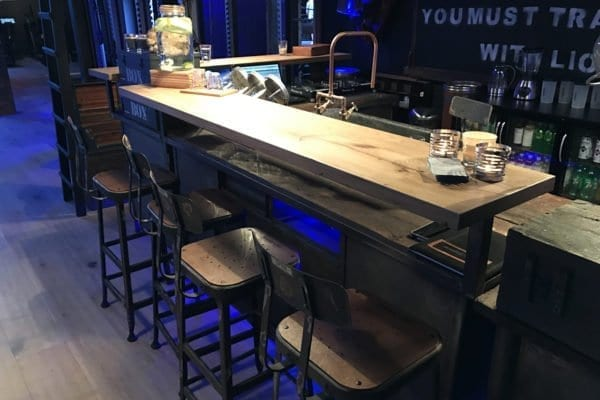 Industriële bar
