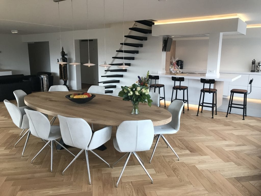 Ovalen Witte Eettafel.Ovale Tafels Zwaartafelen Made In Holland Robuuste Tafels