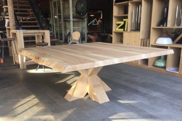 Massief eiken houten boomstam tafel op maat
