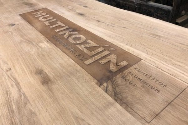 Wooden table logo