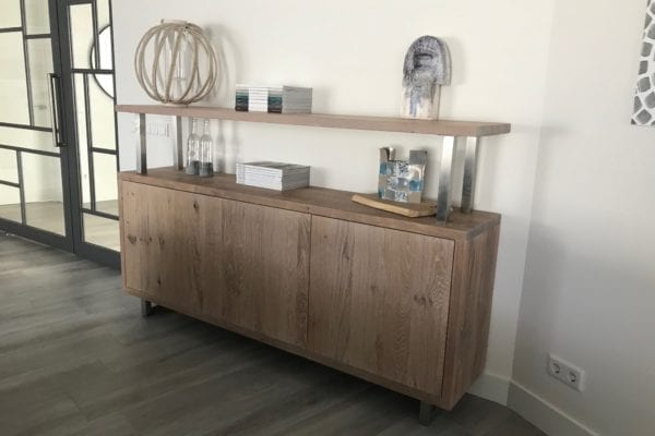 Dresser wood