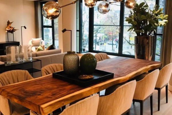 Houten tafel suar